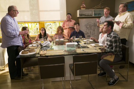 'Modern Family' Co-Creator Steve Levitan On When & How ABC Comedy Will End